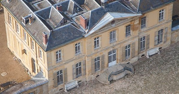 Country House Roofs Greater Paris Ch 226 Teau De Villette