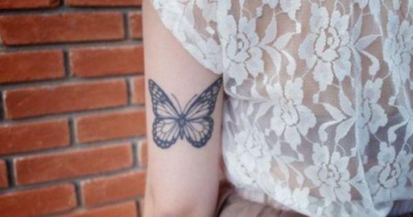 Tatuaje De Mariposa En El Brazo Tatuajesxd Mariposa Tatuaje Tatuaje Diminuto Tatuajes De Mariposa