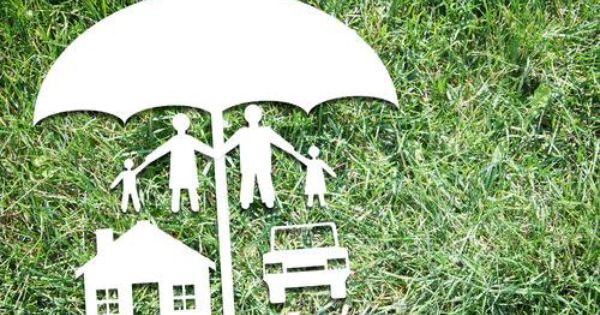 Umbrella Insurance 101 A Rain Umbrella Protects You From Getting