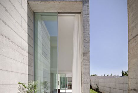 House in Moreira - Portuguese Property | e-architect - Design: Phyd Arquitectura