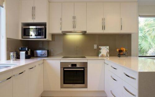 u-form küche weißes Schranksystem in Hochglanz | Küchen | Pinterest | {U küchen 18}