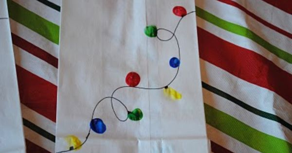 Make holiday lights from fingerprints -- easy craft project for kids. Gift