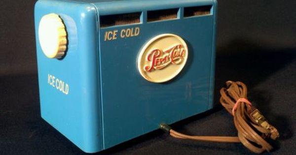 Vintage 1950 Pepsi Cooler Old Blue Bakelite Soda Coin Op Cola Machine Tube Radio Vintage Radio Antique Radio Transistor Radio Vintage
