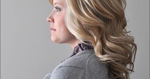The Small Things Blog: Voluminous Waves LOTS of Hair tutorials.