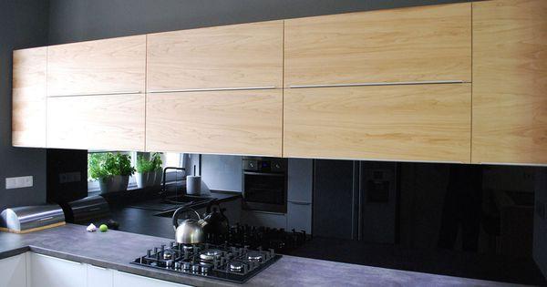 Nowoczesna Kuchnia W Szarosci I Drewnie Mobiliani Design Bydgoszcz Kitchen Home Decor Kitchen Cabinets