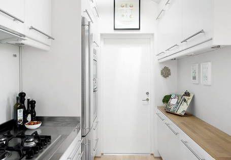 Toute en longueur cette cuisine pr sentait la difficult de devoir tre acce - Assembler deux plans de travail ...