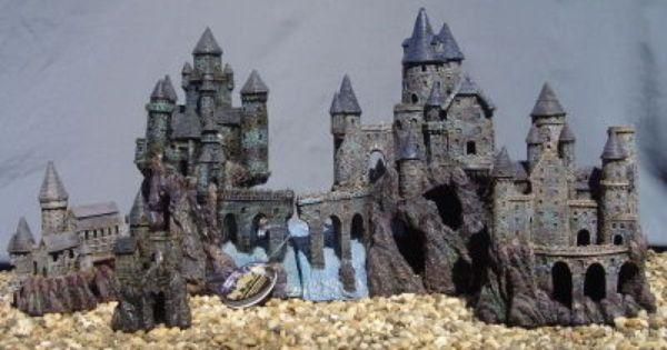 Magic castle kingdom by penn plax fish tank rrw6 10 for Fish tank castle decorations