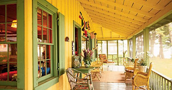 We painted the porch of our first place these colors and the