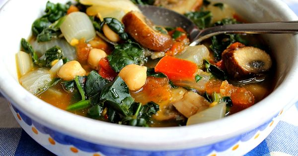15-Minute Tuscan Kale | Vegan/Vegan-able | Pinterest | Kale, Mushroom ...