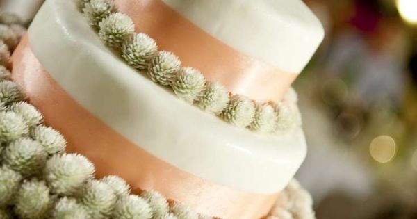 when to cut wedding cake at the reception pom pom and ribbon villa wedding thailand 27126