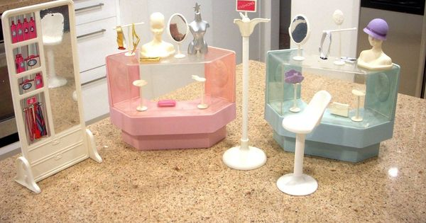 Mattel barbie doll dream store department store display for Department stores that sell furniture