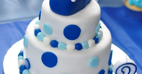 So cute! 2nd Birthday cake.