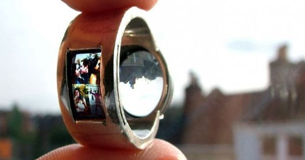unique engagement rings | Weird, Unique Wedding Ring Has Built-In Projector -