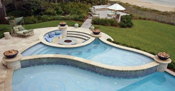 This elegant splash pool is perfect for relaxation and entertaining and it s just one of our - Extraordinary and relaxing rooftop pools ideas ...