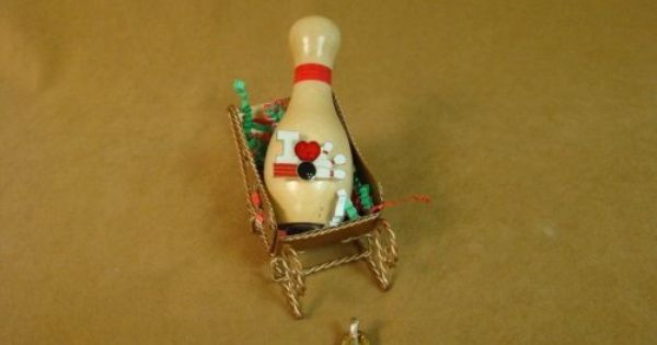 I Love Bowling Sleigh By Bowling Delights 7 95 A Great Gift To Give Just Because This Package Comes Ready To Give Jus Bowling Pins Brooch Pin Lapel Pins