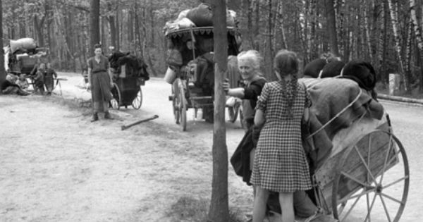 The Winter Of 1945 1946 Was Very Difficult Germans Were Forcibly Ejected From Their Home In Eastern Germany Because T Ostpreussen Deutsche Geschichte Kriegerin