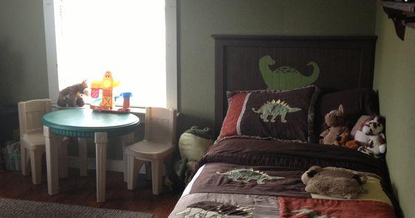 Diy dinosaur headboard boys room my stuff pinterest for Dinosaur bedroom ideas boys