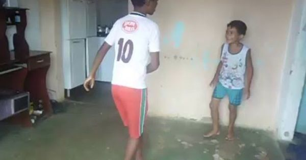 A Felicidade De Criancas Umuldes Parte 1 Criancas Felicidade E