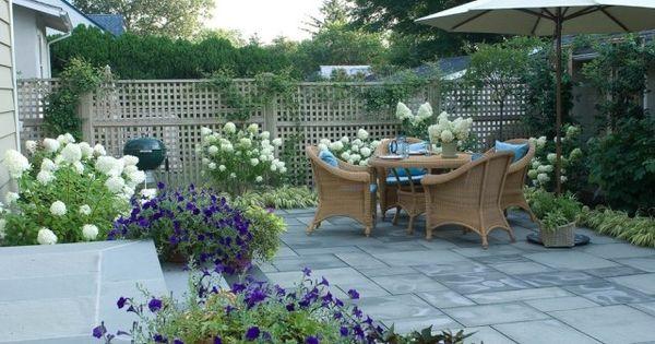 terrasse gestaltung m bel garnitur ideen sichtschutz zaun. Black Bedroom Furniture Sets. Home Design Ideas