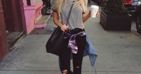 Street style: Black skinny jeans, gray t shirt, flannel, vans.