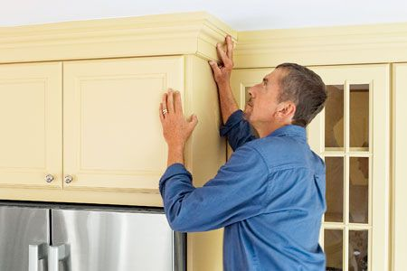 Mikegolla Pay Attention To The Way The Plank Strips Are Mounted To The Cabinet Face Kitchen Cabinet Crown Molding Installing Kitchen Cabinets Kitchen Soffit