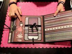 Nuevo Taller Online Bellaluna Crafts Os Trae Este Proyecto Que Es Un Album De La Gorjuss En Form Mini álbumes De Recortes Mini álbum De Bebés Libro De Recortes