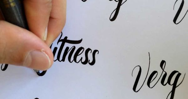 Brush Pen Lettering No 2 For Left Handed Display Type