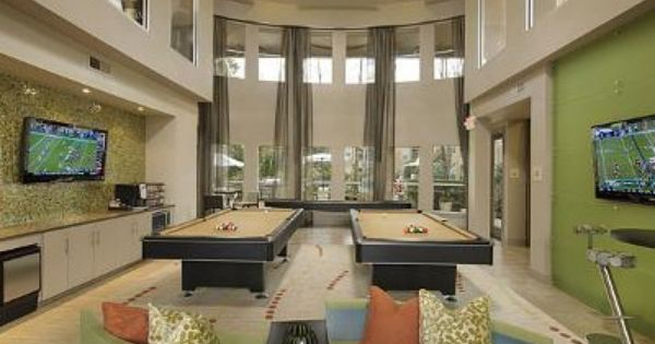 University Of Houston Bayou Oaks Game Room Get Discounts For Best Buy Kohls Target And More From W Beautiful Apartments House Styles University Of Houston