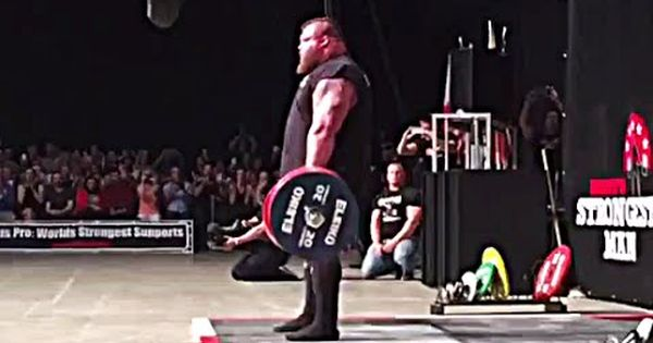 Eddie Hall 465 500kg Lifts 1 025 1 100lb World Deadlift