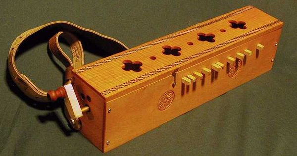 symphonie primitive hurdy gurdy by swancrafted non harp instruments pinterest hurdy. Black Bedroom Furniture Sets. Home Design Ideas