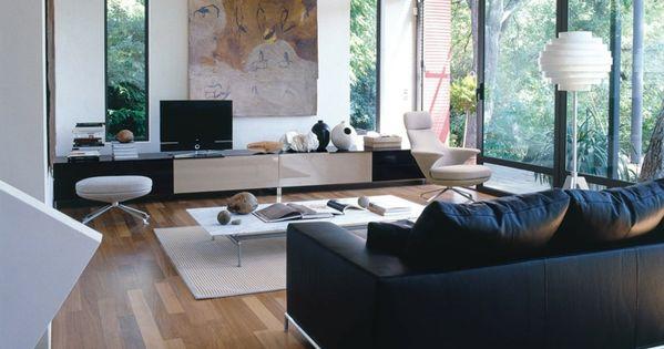 Wohnzimmerteppich Eleganter Teppich Weisse Wandfarbe Schwarzes Sofa