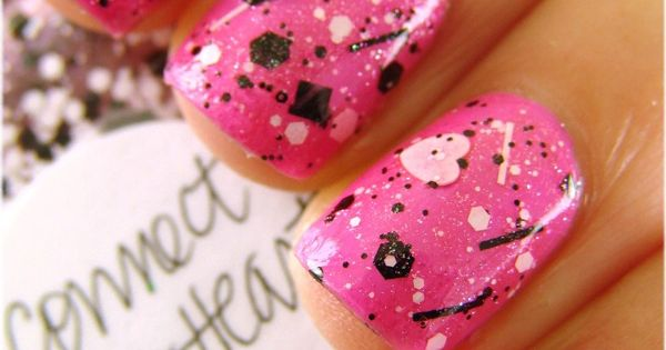Lynnderella: Connect the Heart - Click i - http://yournailart.com/lynnderella-connect-the-heart-click-i/ - nails nail_art