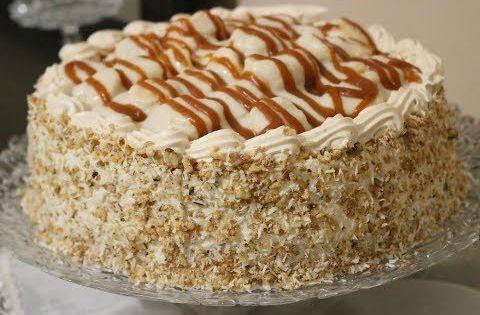 طريقة تزيين تورتة عيد ميلاد بحرفية وبكل سهولة بالكراميل والشوكولاتة البيضاء Cake Decoration Youtube Cake Desserts Vanilla Cake