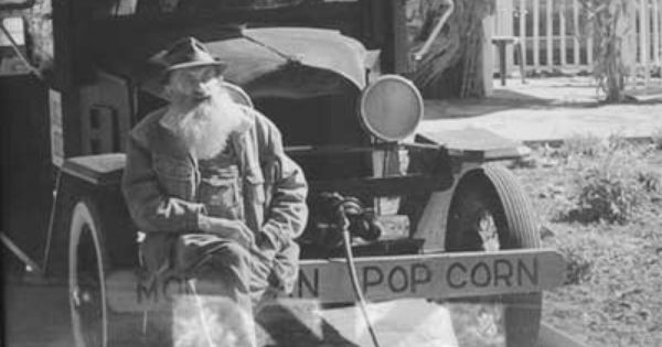 Popcorn Sutton Who Doesn T Like A Little Moonshine