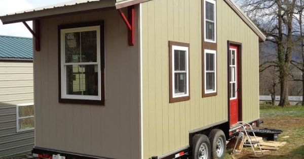 Larry vickers sip tiny house for sale in asheville nc 0018 for Sip homes for sale