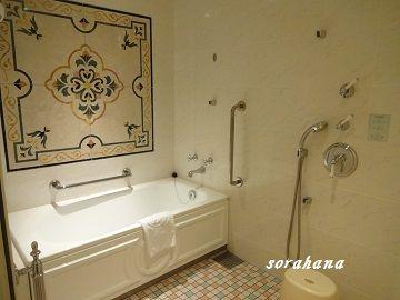 カビキラーでも落ちなかった浴室のガンコな黒カビ退治 我が家の鉄板