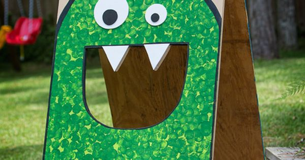 simple monster bean bag toss. This would be adorable for a kids