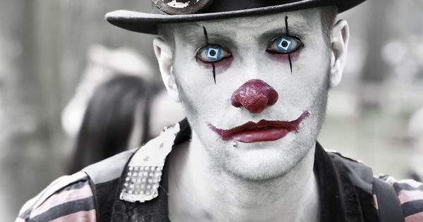 steampunk clown cosplay. This. Is. Terrifying! - 13 Clown Makeup ... Simple Clown Makeup Men