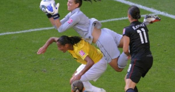 Hope Solo saves