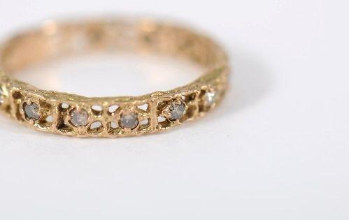 naohiko noguchi bijoux gold diamond ring available at white bird jewellery noguchi bijoux. Black Bedroom Furniture Sets. Home Design Ideas