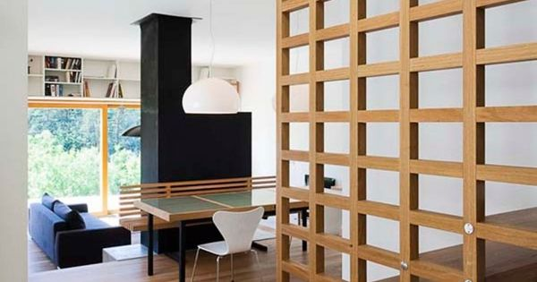 treppe holz gitter zwei stufen beton 650 937 hogar pinterest escalera deco. Black Bedroom Furniture Sets. Home Design Ideas