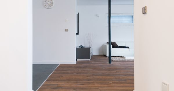 naturstein k sst holz bergang zwischen schiefer fliesen. Black Bedroom Furniture Sets. Home Design Ideas