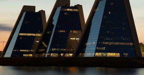 Pyramids In Indianapolis Architecture Interior Design Ideas Pinterest Architecture