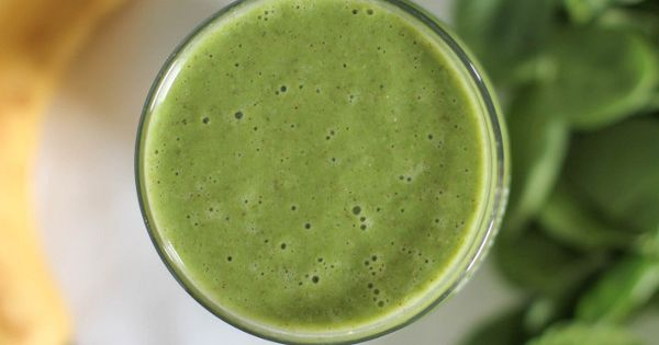 A Green Smoothie for Beginners @ Culinary Colleen (1 T almond butter,