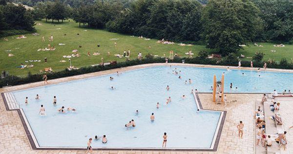 Andreas gursky ratingen swimming pool 1987 his work is - Swimming pool bonn ...