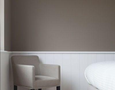 Taupe muurverf woonkamer pinterest taupe slaapkamer for Bieke vanhoutte interieur