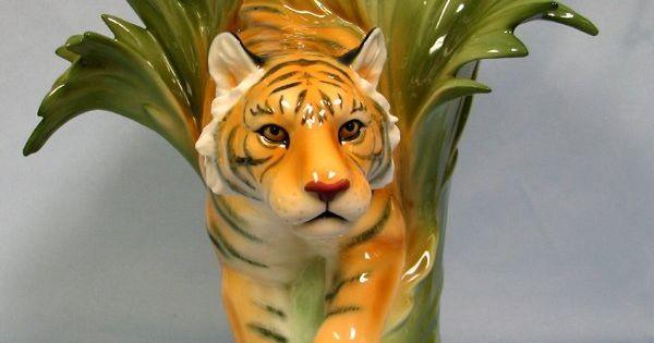Franz Porcelain Tiger Vase Ceramic And Porcelain Pinterest Porcelain And Tigers