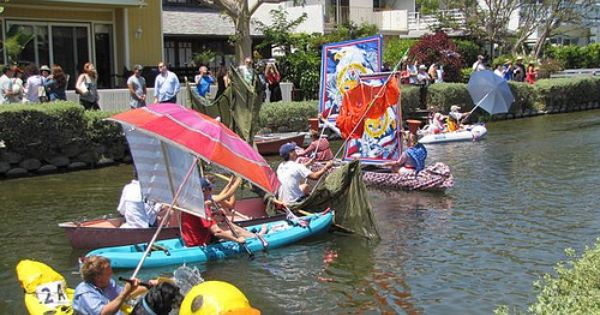 Venice Canals 4th Of July Boat Parade Boat Parade Boat Kayak Boats