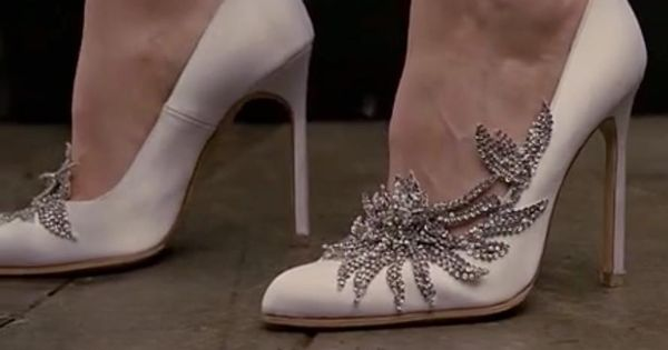 Bellas Wedding Shoes In Breaking Dawn Part 1 I LOVE These Shoes