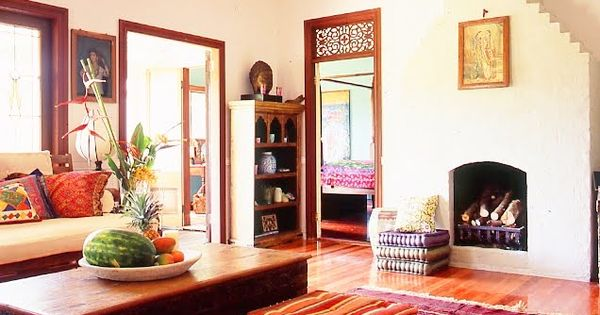 Fabulous traditional indian living room decor country for Indian ethnic living room designs